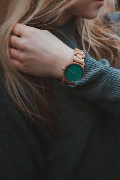 How to Wear a Watch With Great Style