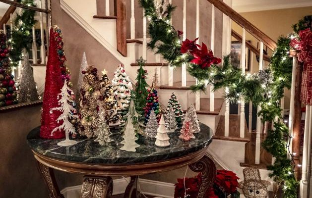 How To Décor Home With Christmas Garland